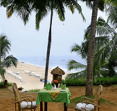 Manaltheeram Ayurvedic Beach Resort Garten1