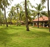 Nattika Beach Resort Garten