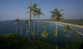 Surya Lanka Ayurveda Beach Resort Strand