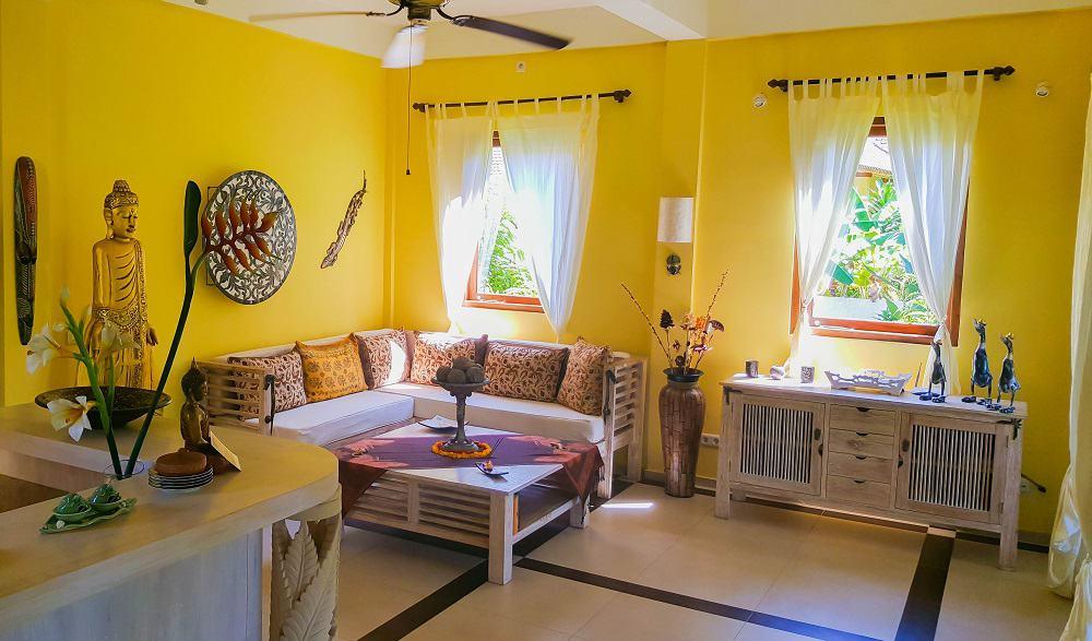 Holiway Garden Resort _Villa Wohnzimmer