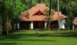 Yantra Ayurvedic Beach Resort Chemeen Cottage